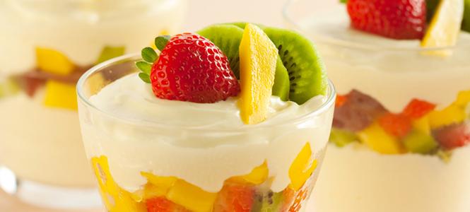 Salada de fruta cremosa
